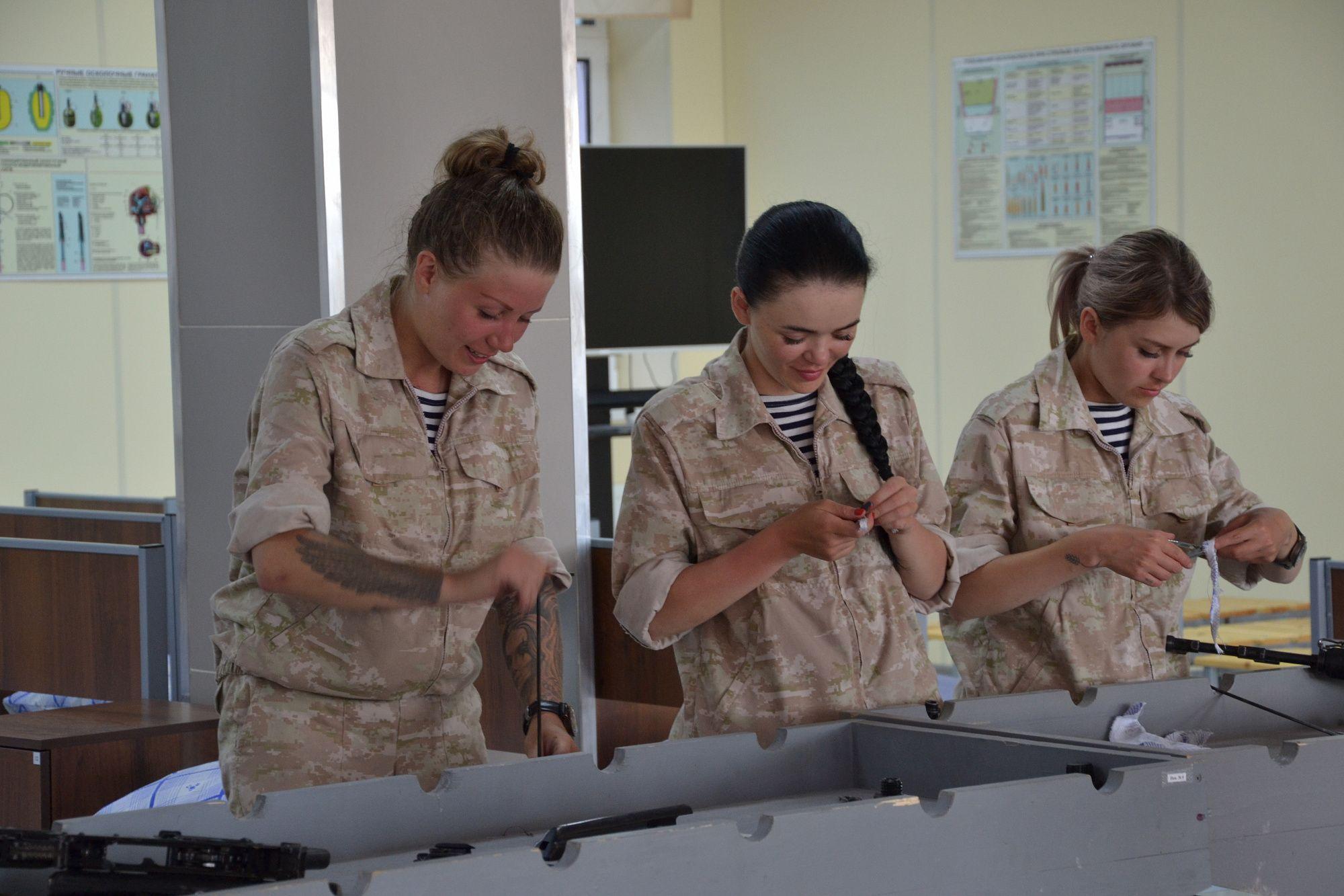 Работа в воинской части девушкам иман мохамед абдулмаджид